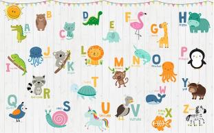 Алфавит с животными на доске