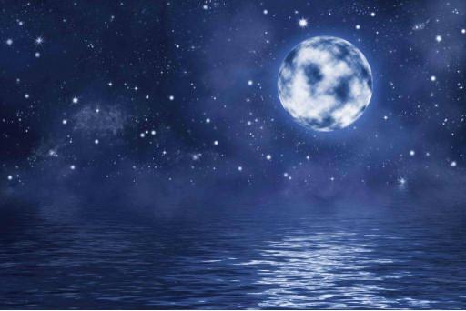 Луна, звёзды, вода